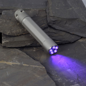 INOVA X5 Ultraviolet Led Flashlight